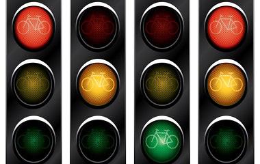 交通信號燈紅燈亮時前輪越過停止線算闖紅燈嗎