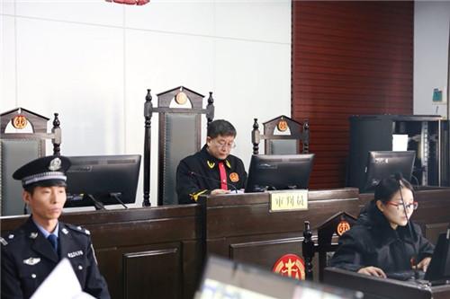 刑事案件中止审理