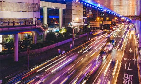 深圳闖紅燈的處罰規定