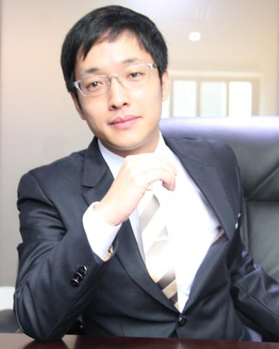 劉凌柏溫律师