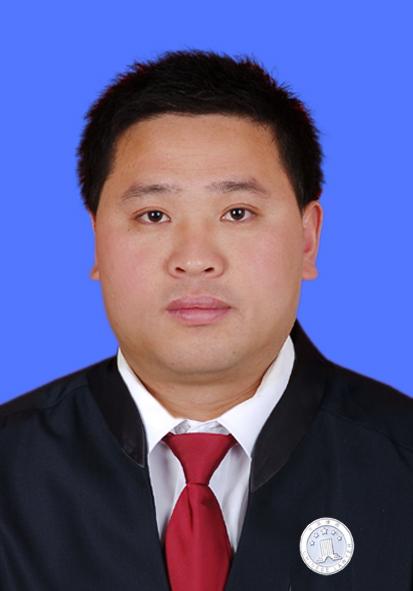张高领律师