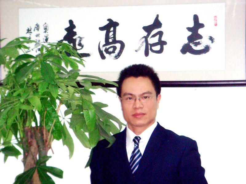 毛敬文律师