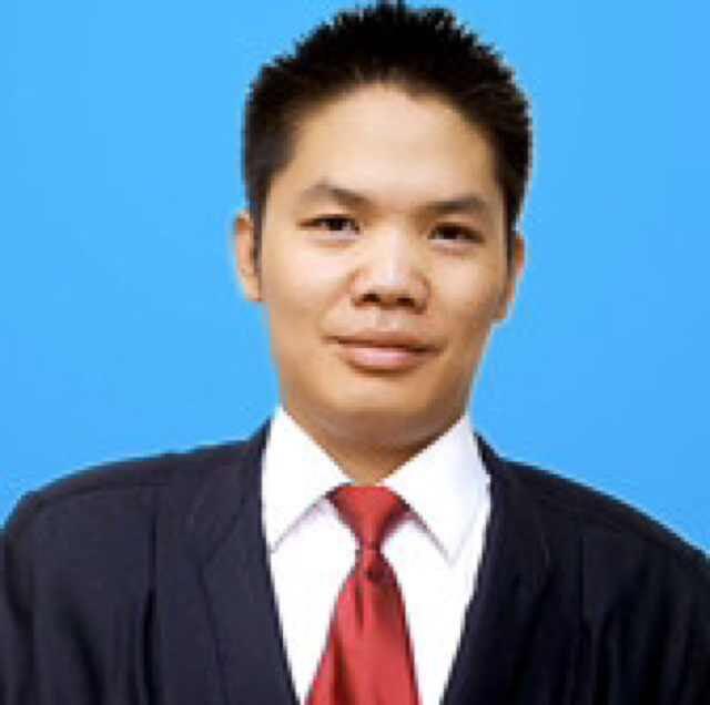 成都律师-李英俊
