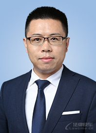 张跃峰律师