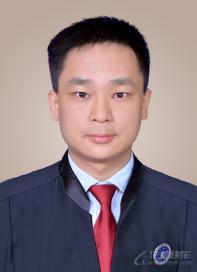 李伏平律师